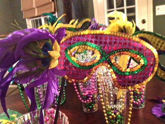 Diy mardi gras party decor under 50 emily s enchantments